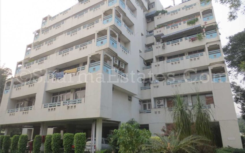 RESIDENTIAL APARTMENT FOR SALE SILVER ARCH APARTMENT FEROZ SHAH ROAD CENTRAL DELHI | LUTYENS DELHI