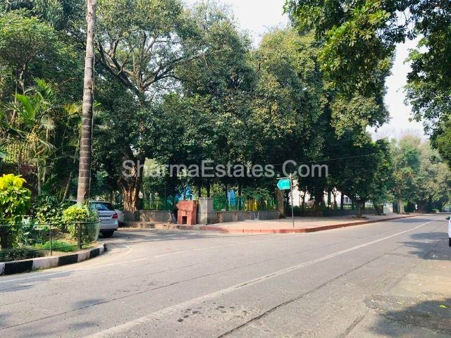 Sunder Nagar Zoo Facing Super Prime Location Independent House/ Villa for Sale in Lutyens Bungalow Zone(LBZ) Delhi