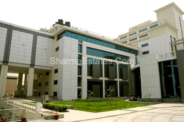 Fully Furnished Office Space for Rent/ Lease in Tech Boulevard Sector-127 Noida Near Noida Expressway