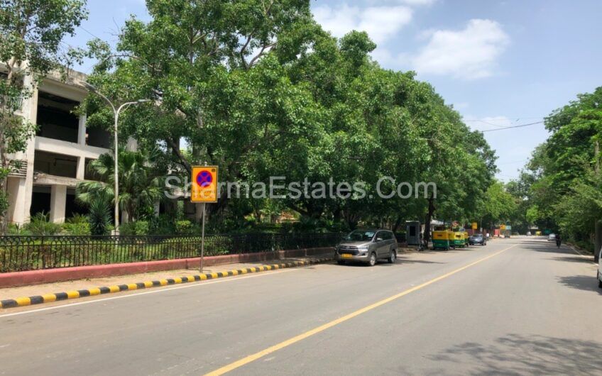 Builder Floor for Sale in Diplomatic Enclave Chanakyapuri New Delhi | 4 BHK Apartment on First Floor in Lutyens Delhi