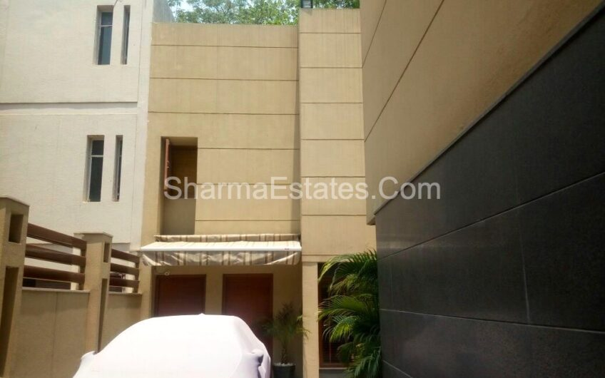 Independent House for Sale N- Block Panchsheel Park New Delhi | Residential Liveable Bungalow in South Delhi