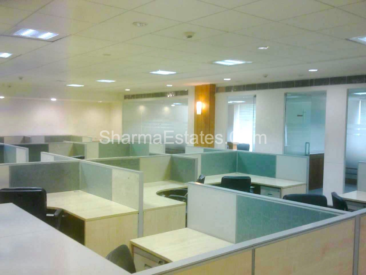 2,500 Sq.Ft. Furnished Office For Rent/ Lease in Okhla Industrial Estate, Phase-3, New Delhi | Commercial Space Near Metro