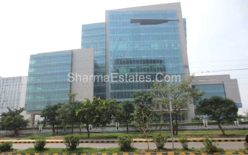 Office Space for Rent/ Lease in Sector-32, Gurgaon | Fully Furnished Office on NH-8, Institutional Sector, Gurugram