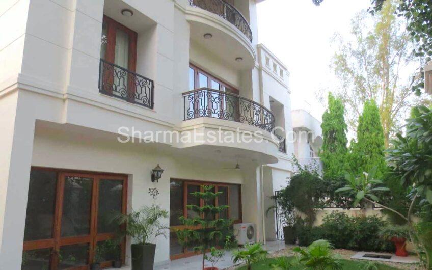 5 BHK Independent House/ Villa For Rent in Vasant Vihar, New Delhi | Duplex Property in South Delhi