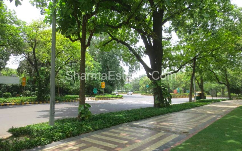 5 BHK Independent Bungalow For Rent/ Lease at Prithviraj Road, Delhi Central | Residential House in Lutyens Delhi