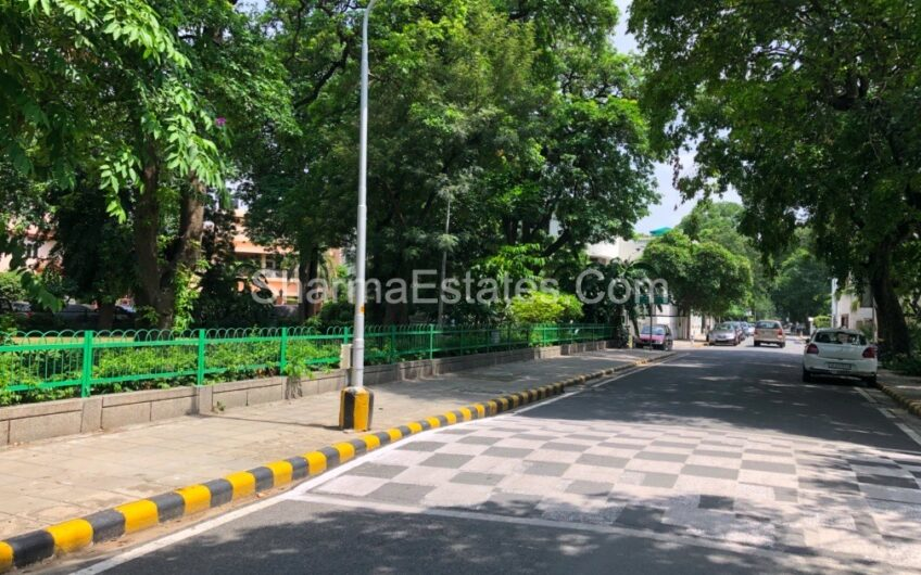 5 BHK Independent House/ Villa For Rent in Golf Links, New Delhi | Residential Property in LBZ Delhi Zone