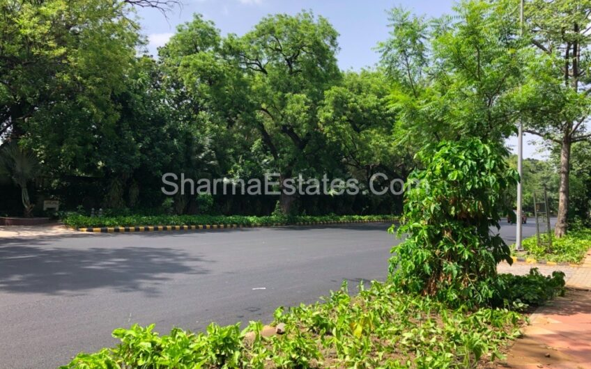5 BHK House For Sale in Amrita Shergill Marg, New Delhi | Independent Property at Central Delhi Lutyen's area