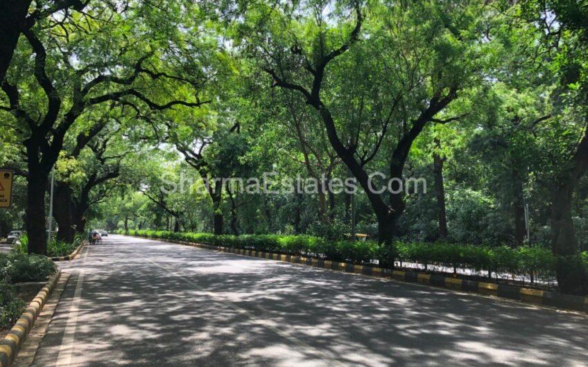 Independent House/ Villa for Rent in Jor Bagh, New Delhi | Duplex House at LBZ Delhi