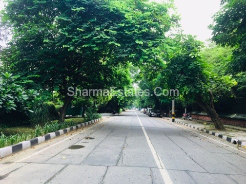7 BHK Independent House/ Villa For Rent in Sunder Nagar, Central Delhi | Zoo Facing Property in Lutyen's Delhi