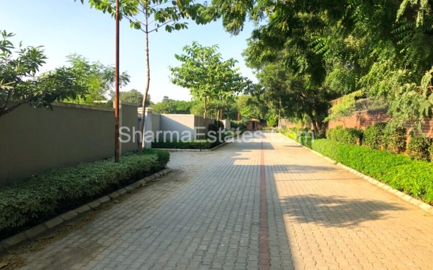 Farm Houses for Sale in Pushpanjali Farms, New Delhi | 1 Acre – 5 Acres Farm Land in Bijwasan / Samalka / Kapashera Estate Delhi