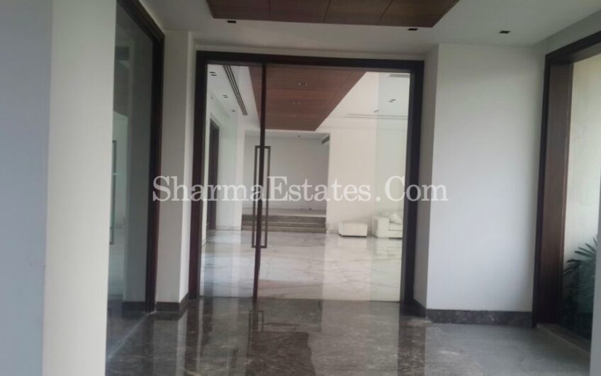 Farm House For Sale in Gadaipur, DLF Farms, New Delhi | 1-3 Acres Farmhouse in Chattarpur, South Delhi