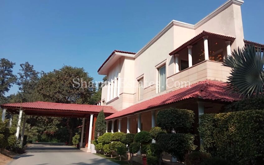5 BHK Luxury Farmhouse for Sale in Radhey Mohan Drive, Chattarpur, New Delhi