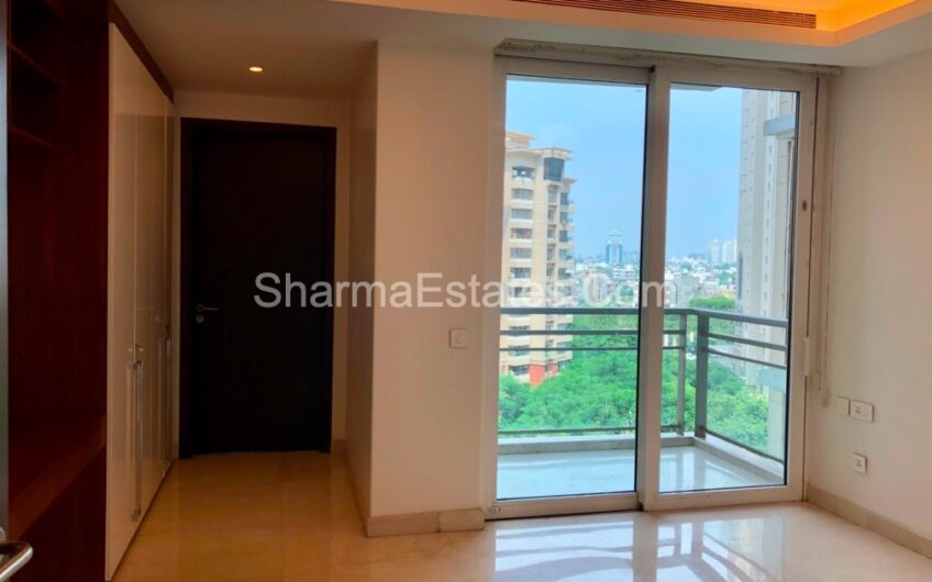 Ultra Modern Apartment for Rent in The Magnolias, DLF Golf Links, Golf Course Road, Sector-42, Gurugram, Haryana